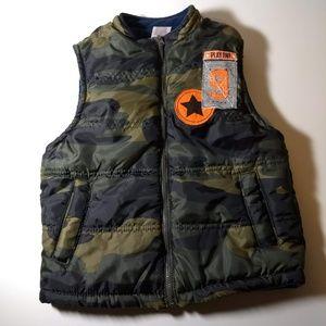 Boys Camo Puffy Vest